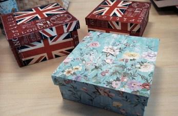 Caja cartón y decoupage