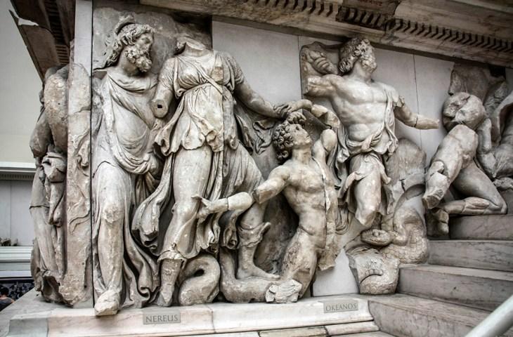 Скульптура в архитектуре