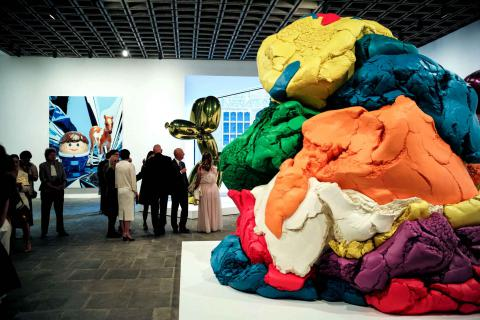 выставка-ретроспектива работ Джеффа Кунса