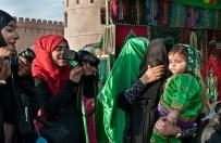 Giovani fotografe a Muscat