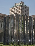 Milano, la Torre Velasca spunta sopra la Living Line di Speech Tchoban & Kuznetsov e Sterligova nel Cortile d'onore dell'Universita degli Studi