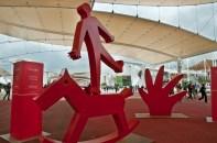sculture di Tomatino nel Decumano