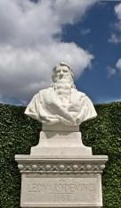 Statua nei giardini reali di Amboise di Leonardo