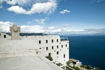 Il golfo di Amalfi dai tetti arrotondati del Monastero