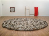 Richard Long, Cubetti di porfido