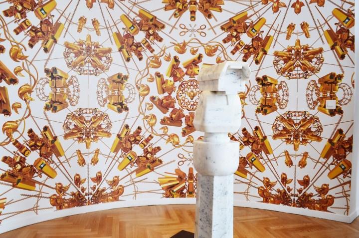 surveillance-camera-with-plinth-2015