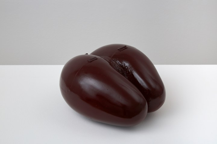 Alba Hodsoll_LOVE CONTROL EGG_2018_fibreglass and resin_275x255x165mm (2)