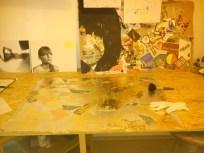 2013, Bild auf Tisch, Schlagmetall auf Pressspan