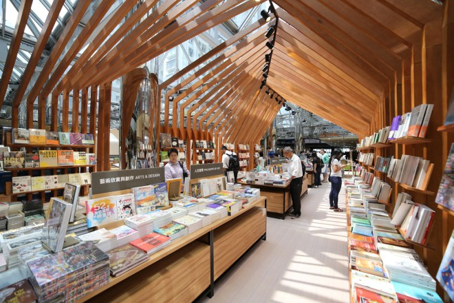 Eslite summer reading room by LAAB Architects, Image courtesy of LAAB Architects