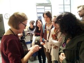 Martina Lončar showing her work to SACI Jewelry Design students