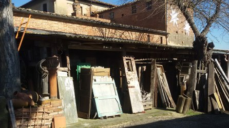 Sestini e Corti - reclaimed doors