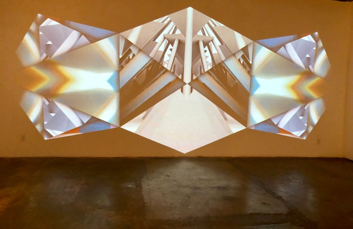 Barry Anderson - Oblique Phases [prime], 2019, video animation, projection, 1 min 30 sec loop_photo SND 2