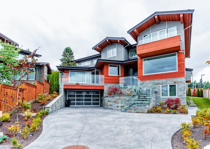The Architectural Curb Appeal of Custom Homes