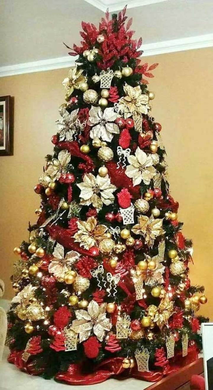 Lovely Poinsettia Christmas Tree
