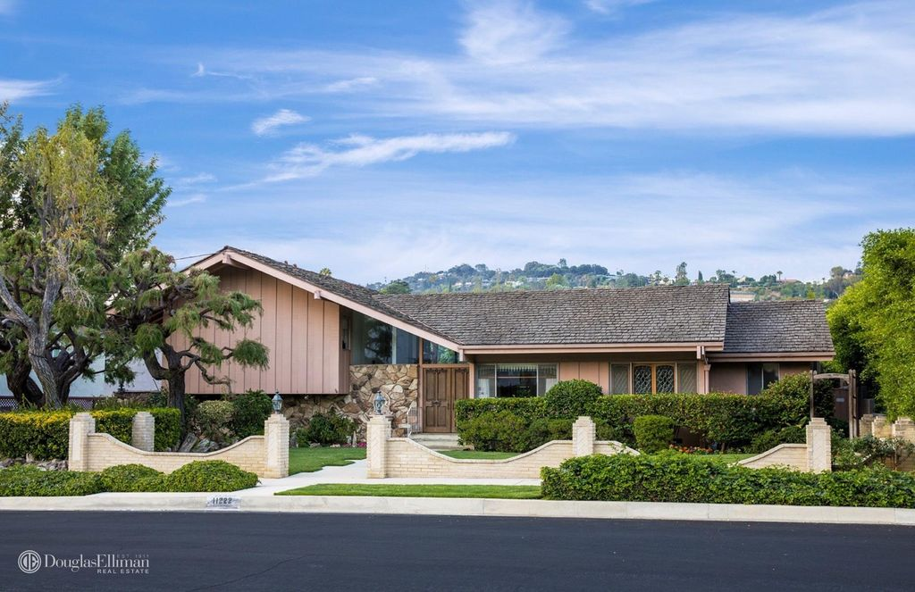 The iconic Brady Bunch House is up for sale