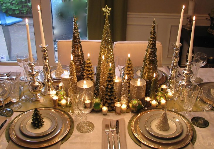 A Forest of Gold Christmas Table Setting