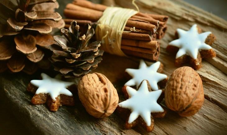 Christmas Decor Cinnamon Stars
