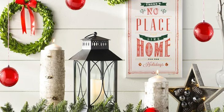 Christmas Hall Tables & Festive Foyer Decor Ideas