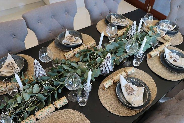 Naturally Rustic Christmas Table Setting
