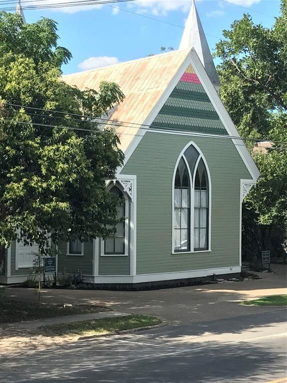 Quaint Converted Church House inSan Marcos,Texas