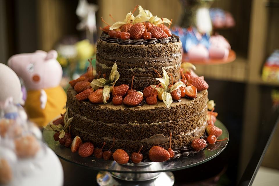 Exposed Edge Chocolate Strawberry Cake