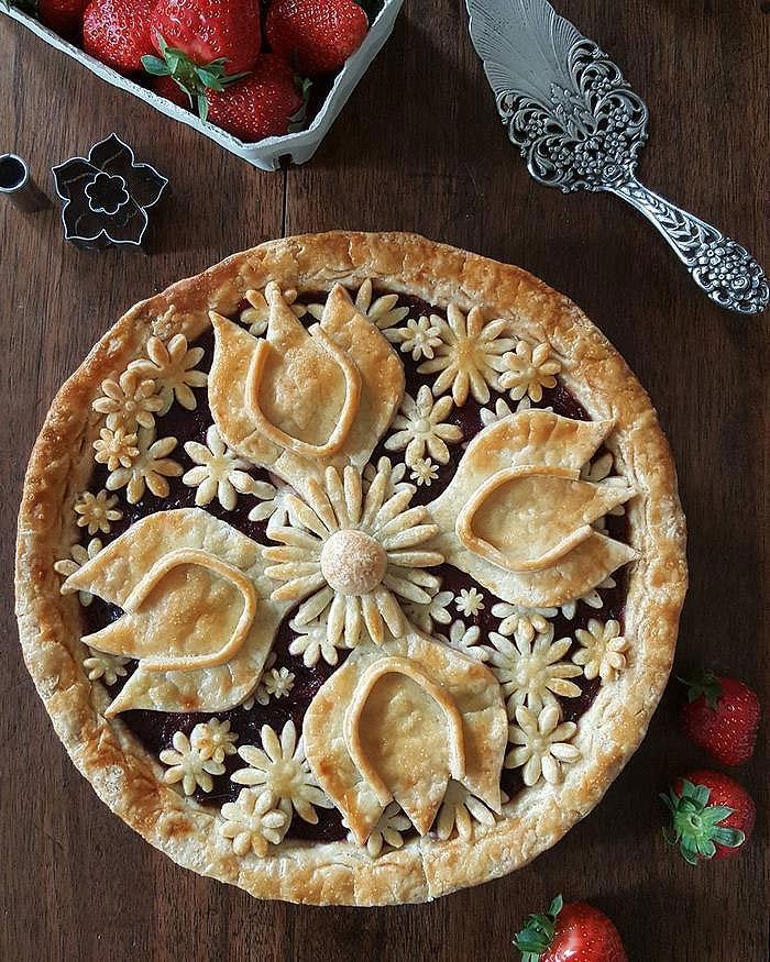 Fancy Pie Crust Cut Outs