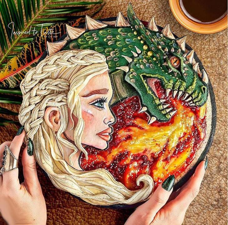 Liz Joy Daenerys Targaryen Game of Thrones Pie