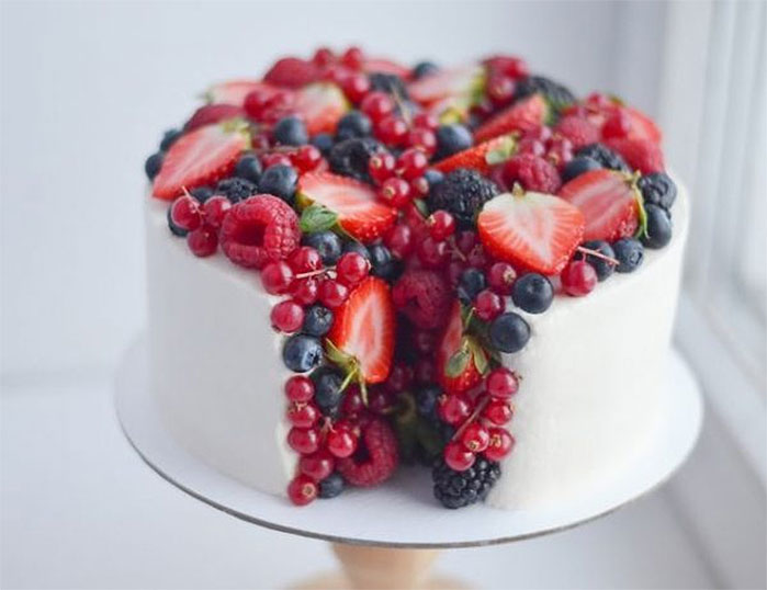 Split Open Berry Cake