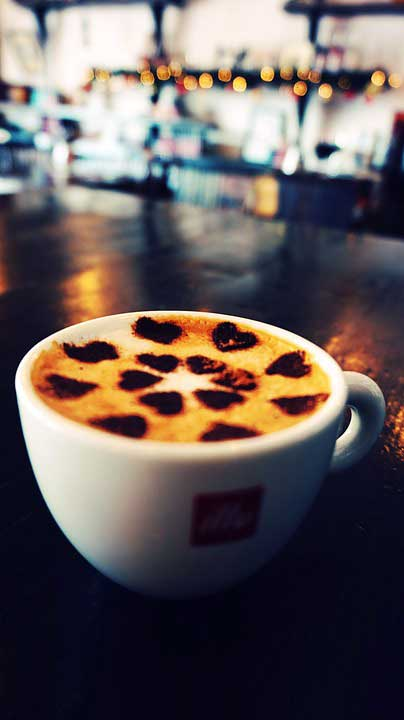 Circle of Hearts Latte Art
