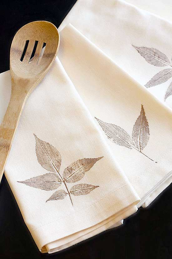 DIY Leaf Stamped Dinner Napkins