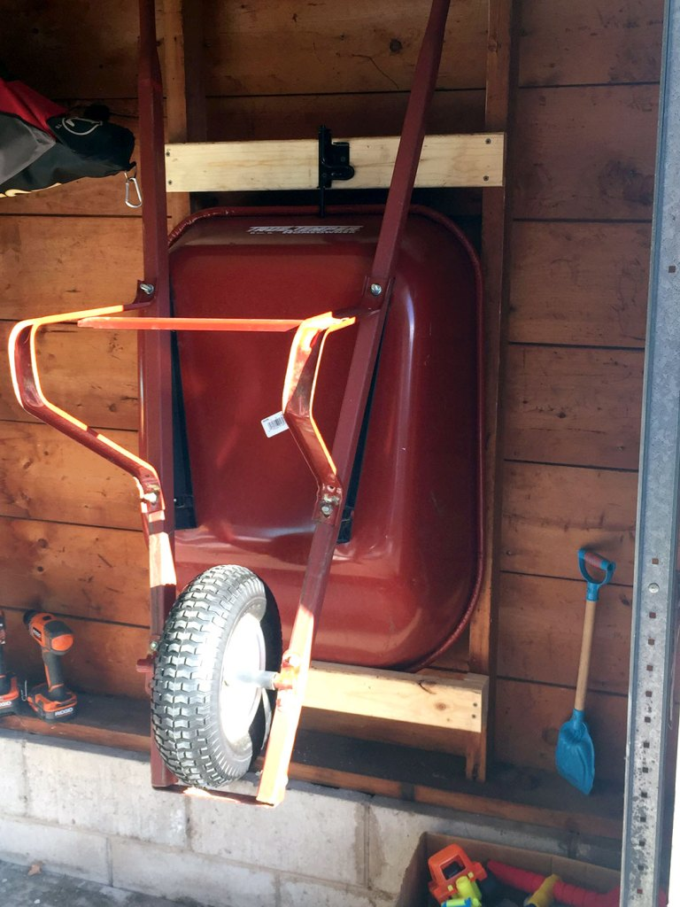 DIY Wheelbarrow Storage Mount