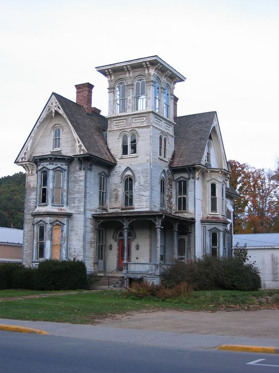 Abandoned-Mansion in New York State