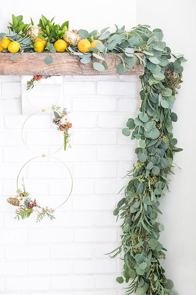 Eucalyptus Mantle Garland | DIY Christmas Decorations