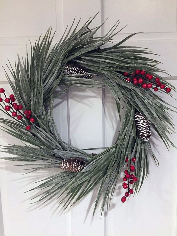 Flocked Sea Grass Winter White Christmas Wreath