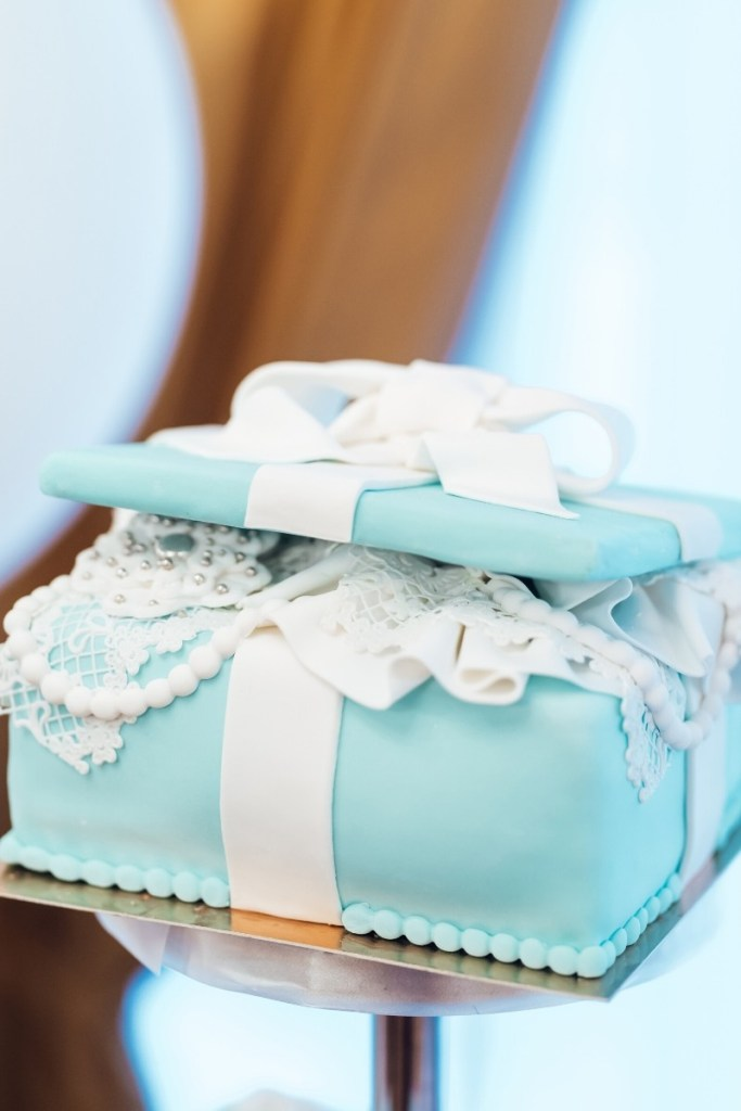 Blue Birthday Cakes - Blue Gifts Cake