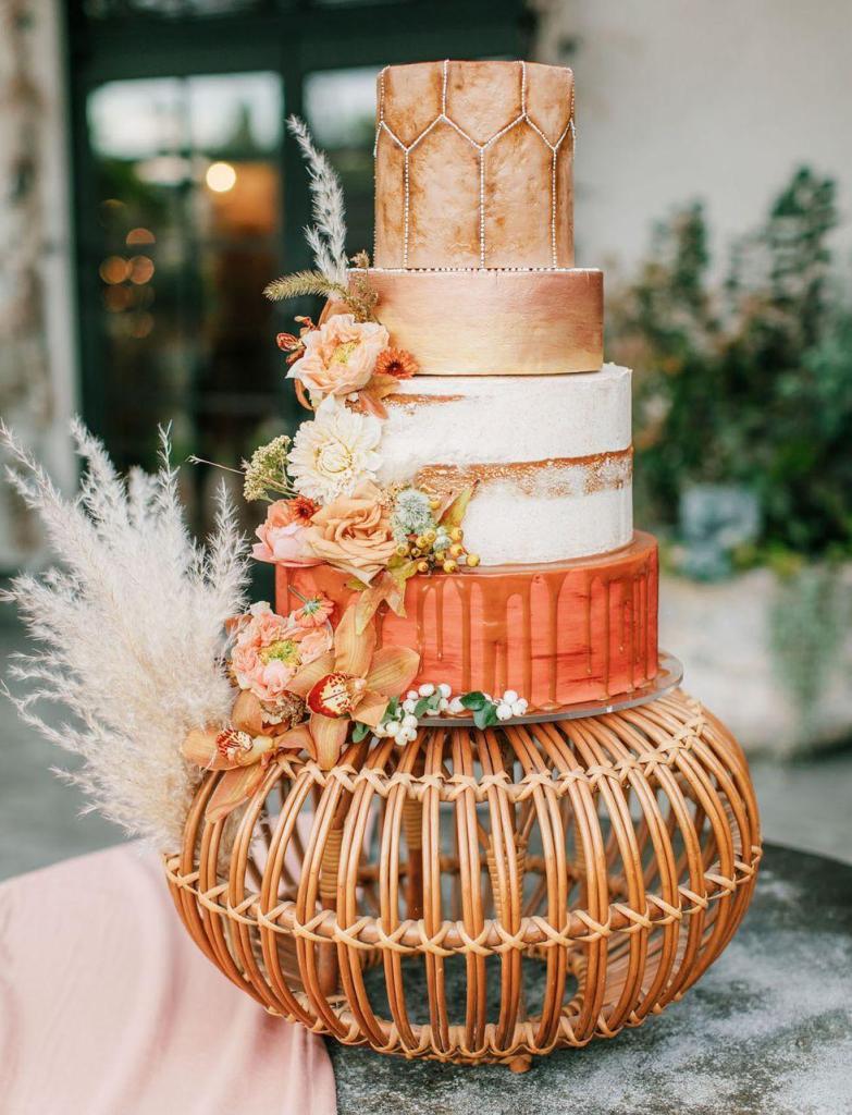 Bohemian Basket Wedding Cake by Nutmeg Cake Design