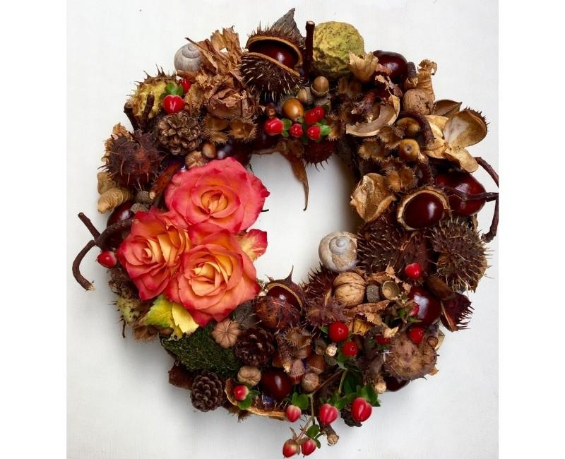 Pinecones and Chestnuts DIY Autumn Wreath Idea