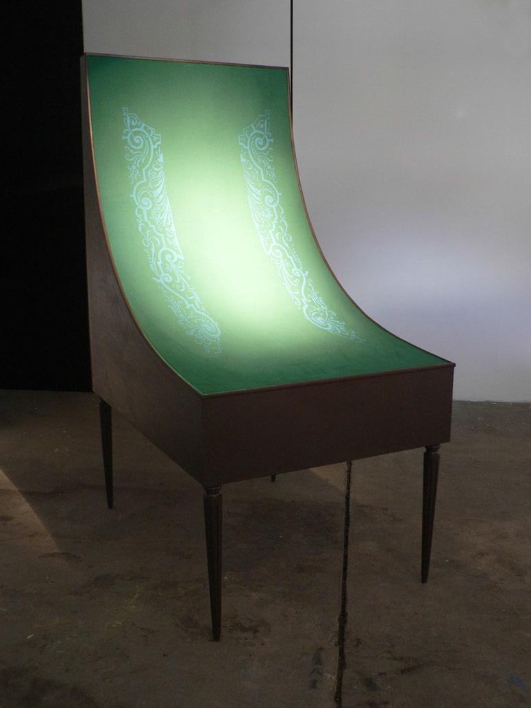 Rémi Tamain, Rampe de billard, contreplaqué et tapis de billard sérigraphié, 2.70 x 1.67 x 1.00 m, 2005