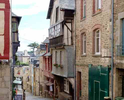 This is a French street