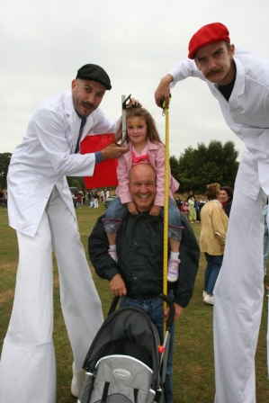 childrens entertainers creative events magicians party entertainers stilts street performers corporate events