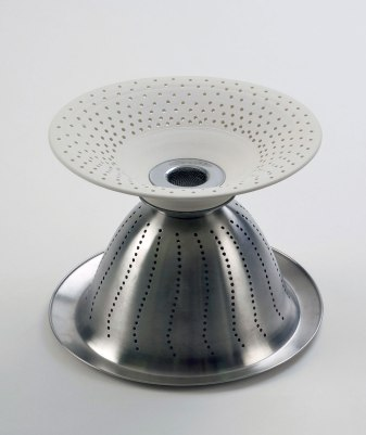 """porcelain, stainless steel, 14""""x24""""x14"""", 2010"""