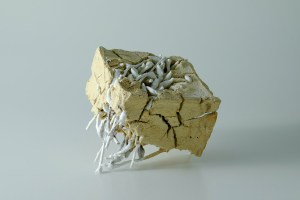 18 x 18 x 15 cm, casting, porcelain, saggar clay, 2017