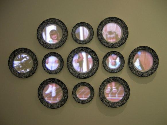 Digital Slideshow on Found Objects, Wire, 2012