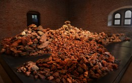 The Brâncoveanu Palace Cultural Center, Mogoșoaia, Romania, 2017, naturally-occuring and hand-crafted clay balls, low-temperature wood- and electric-fired red earthenware, 960 C, 563 x 585 x 137 cm / 222 x 230 x 54 inches