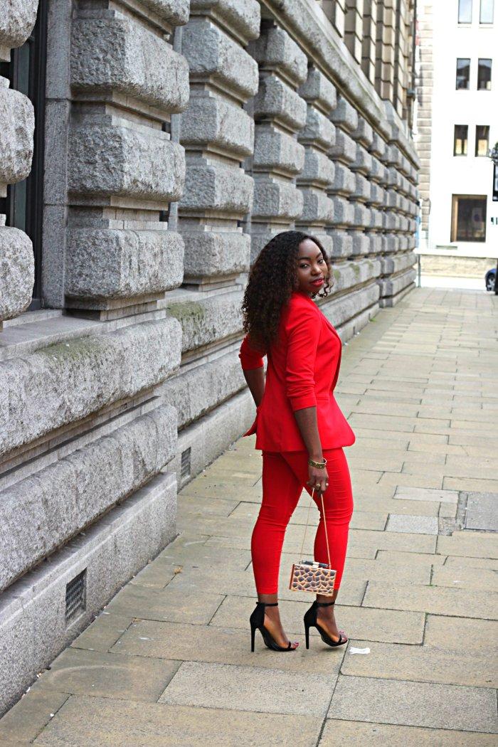 redd mango suit