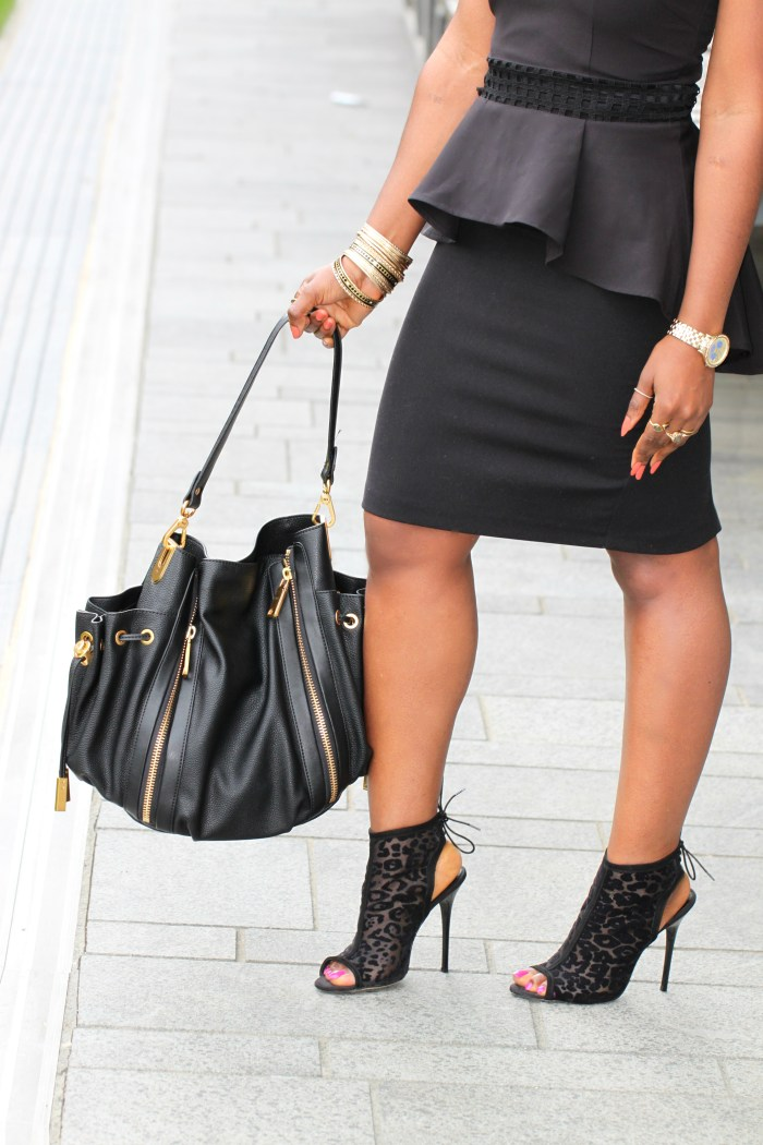 back to black details outfit