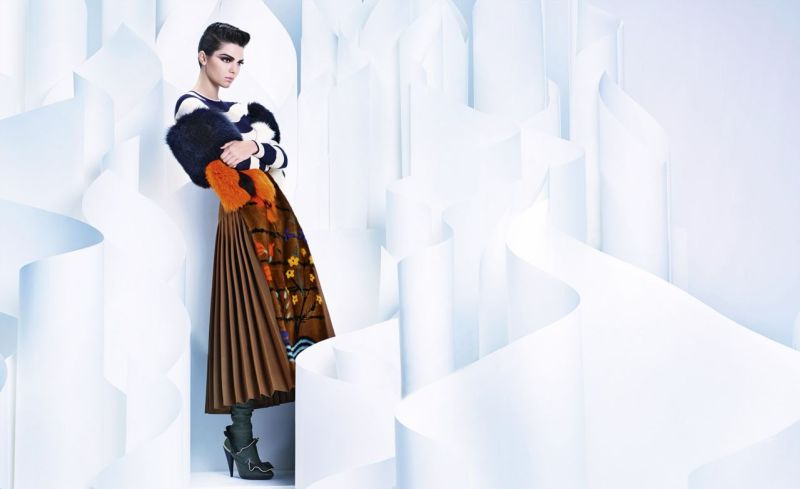 kendall-jenner-fendi-fall-winter-campaign-2016-2017-5