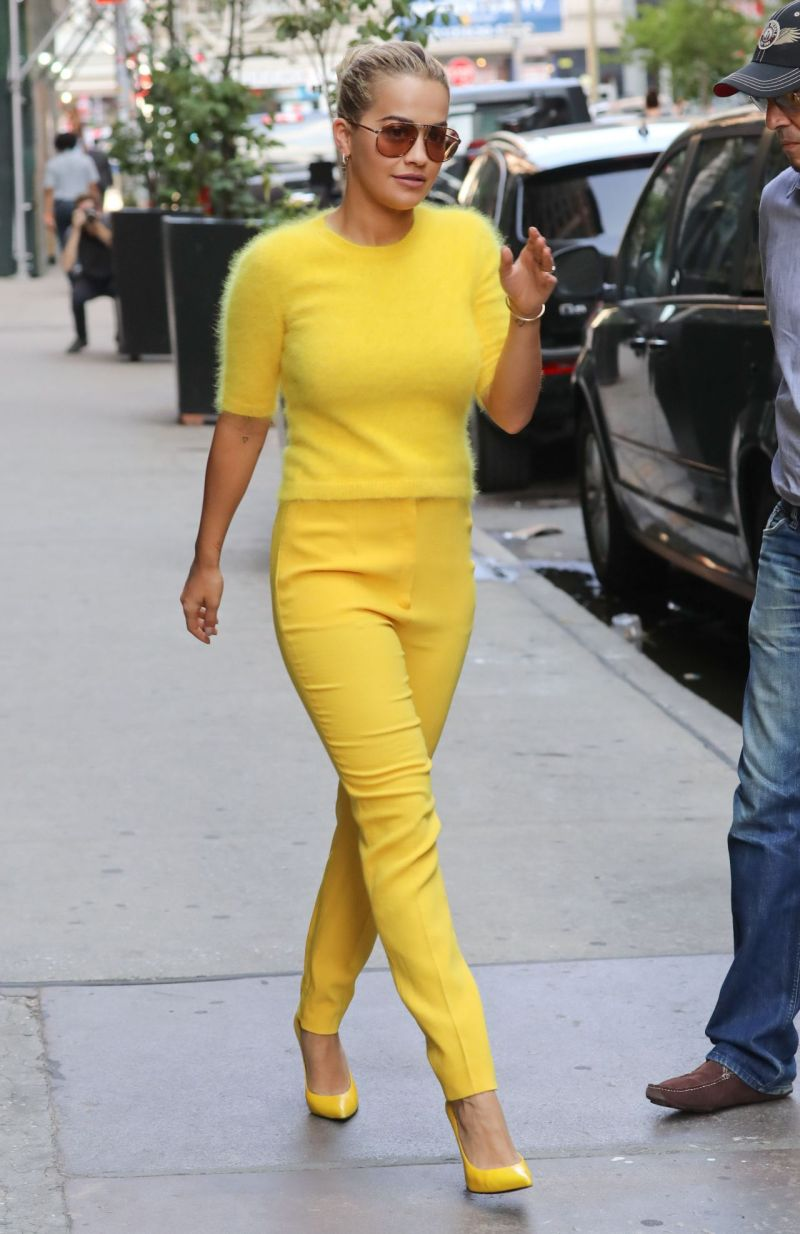 rita-ora-in-glaringly-yellow-outfit-new-york-city-7-20-2016-5