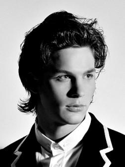 medium-man-hairstyle-2012-252x336