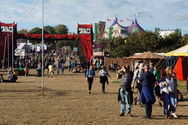 Glastonbury-Festival-2017-Smartylamps-Theatre-Circus (259)